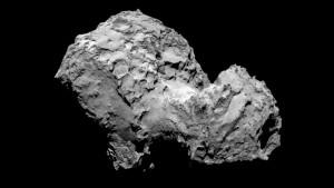 Komet 67P / Churyumov-Gerasimenko am 3. August 2014 Komet 67P / Churyumov-Gerasimenko aufgenommen von Rosettas OSIRIS-Kamera am 3. August 2014 von 285 Kilometer Entfernung. Das Bild hat eine Auflösung von 5,3 Meter / Pixel.  Quelle: ESA / Rosetta / MPS für OSIRIS-Team MPS / UPD / LAM / IAA / SSO / INTA / UPM / DASP / IDA